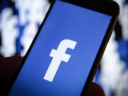 Facebook Removes Fake Accounts