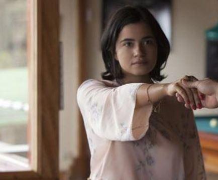 Paulina Gaitán as Tata Escobar
