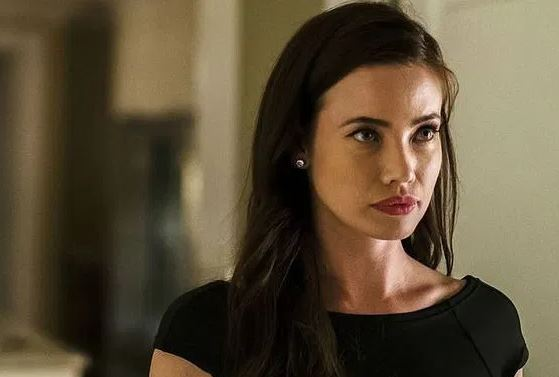 Stephanie Corneliussen as Joanna Wellick