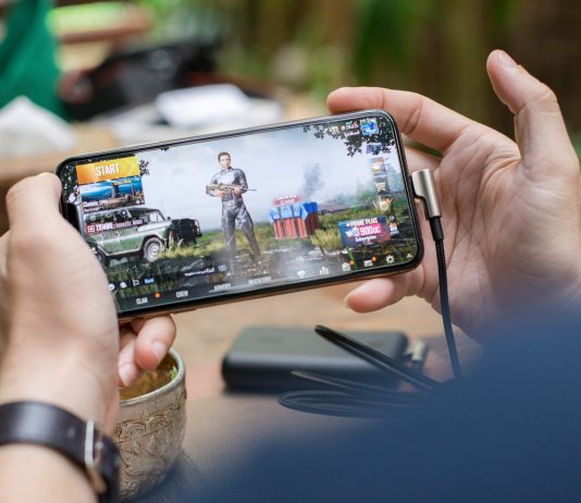 Why Mobile Gaming Is On the Rise and What Will Do to the Future